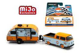 GreenLight - Volkswagen Winnebago - gl51114C : Volkswagen T2 Crew Cab Pick-up & Winnebago Winnie Drop *Hitch and tow Series II*, gulf blue/orange