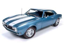Chevrolet  - 1967 blue - 1:18 - Auto World - AMM1101 | Tom's Modelauto's