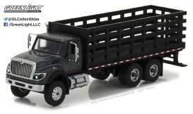 GreenLight - International  - gl45010B : 2017 International WorkStar Platform Stake Truck  *Super Duty Trucks Series 1*