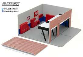 GreenLight - Accessoires  - gl57011 : 1/64 Weekend Workshop STP *Mechanic's Corner Series 1* (Will Not Include Model Cars!!)