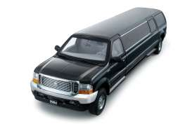 Ford  - 2002 ebony black - 1:18 - SunStar - sun3931 | Tom's Modelauto's