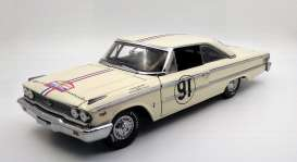 Ford  - 1963  - 1:18 - SunStar - 1473 - sun1473 | Toms Modelautos