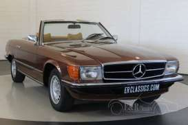 Mercedes Benz  - 1977 brown - 1:18 - SunStar - 4670 - sun4670 | Tom's Modelauto's
