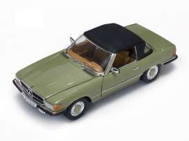 Mercedes Benz  - 350 SL Closed Convertible 1977 cypress green - 1:18 - SunStar - 4669 - sun4669 | Toms Modelautos