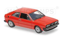 Volkswagen  - 1974 red - 1:43 - Maxichamps - 940050422 - mc940050422 | Tom's Modelauto's