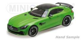 Mercedes Benz  - 2017 green - 1:18 - Minichamps - 155036020 - mc155036020 | Tom's Modelauto's
