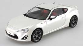 Dorlop - Toyota  - dorCD1806Aw : 2014 Toyota GT86, satin white pearl