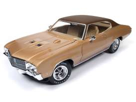 Buick  - Skylark GS 1970 gold - 1:18 - Auto World - AMM1105 | Tom's Modelauto's