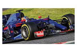 Minichamps - Scuderia Renault - mc417170055 : 2017 Scuderia Toro Rosso Renault STR12 C.Sainz Jr GP *Resin Series*