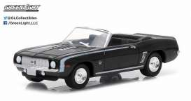 Chevrolet  - 1969 black - 1:64 - GreenLight - gl96150D | Tom's Modelauto's