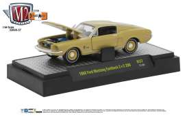 M2 Machines - Ford  - M2-32600-37F : 1968 Ford Mustang Fastback 2+2 200 *Detroit-Muscle Release 37* sunlit gold metallic