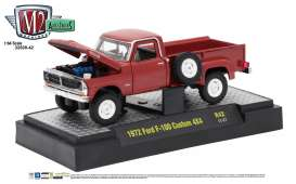 M2 Machines - Ford  - M2-32500-42E : 1972 Ford F-100 Custom 4x4 *Auto-Trucks Release 42*, red