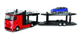 Bburago - Mercedes Renault - bura31457r : 1/43 Mercedes Benz Actros 2545 multicar Carrier + ?Renault Captur, red/blue