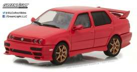 Volkswagen  - 1995 red - 1:43 - GreenLight - gl86313 | Tom's Modelauto's