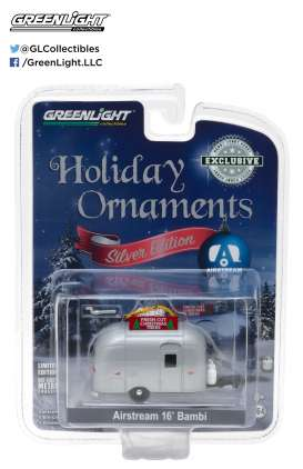 GreenLight - Airstream  - gl29915 : 1/64 Airstream 16 Bambi Holiday Ornament with Hook Ring *Fresh Cut Christmas Trees*, silver