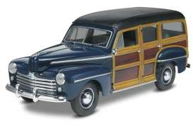 Monogram - Ford  - mono4282^1 : 1948 Ford Woody, plastic modelkit