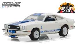 Ford  - 1976 white/blue - 1:64 - GreenLight - gl44790A | Tom's Modelauto's