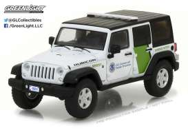 GreenLight - Jeep  - gl86091 : 2015 Jeep Wrangler Unlimited U.S. Customs and Border Protection, white/green