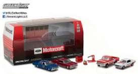 GreenLight - Ford Assortment/ Mix - gl58040 : 1/64 Ford Motorcraft Garage (Multi-Car Diorama Set)