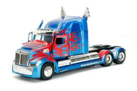 Jada Toys - Transformers Western Star - jada98403 : 1/24 Western Star 5700 XE Phantom Transformers 5 Optimus Prime in Nice Transformers 5 Packaging & Robot on the Chassis.
