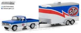GreenLight - Ford  - gl32120A : 1970 Ford F-100 STP and STP Racing Trailer *Hitch & Tow Series 12*