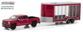 GreenLight - Chevrolet  - gl32120B : 2016 Chevrolet Silverado and Glass Display Trailer  *Hitch & Tow Series 12*