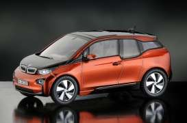 BMW  - solar orange - 1:43 - iScale - iscale430014OR | Tom's Modelauto's