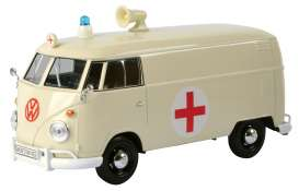 Motor Max - Volkswagen  - mmax79565 : Volkswagen Type 2 (T1) Delivery van *Red Cross Ambulance*