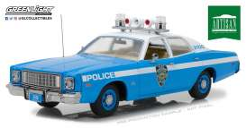 Plymouth  - Fury 1975 blue/white - 1:18 - GreenLight - gl19043 | Tom's Modelauto's