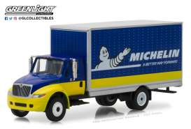 International  - Durastar Box Van *Michelin Tir 2013 blue/yellow - 1:64 - GreenLight - 33120C - gl33120C | Tom's Modelauto's