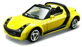 Smart  - 2003 yellow - 1:43 - Bburago - 30176Y - bura30176Y | Toms Modelautos