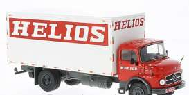 Mercedes Benz  - 1970 white/red - 1:43 - IXO Models - tru026 - ixtru026 | Tom's Modelauto's