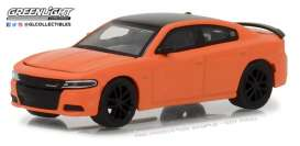 Dodge  - 2017 go mango-orange - 1:64 - GreenLight - gl13210F | Tom's Modelauto's