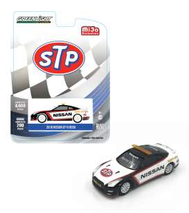 GreenLight - Nissan  - gl51146 : 2016 Nissan GTR R-35 STP Safety Cars, white/black