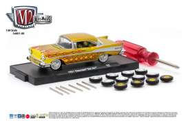 M2 Machines - Chevrolet  - M2-34001-06A : 1957 Chevrolet Bel Air *Auto-Wheels release 6*, gold with flames