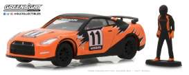 Nissan  - Skyline 2011 orange/black - 1:64 - GreenLight - gl97030E | Tom's Modelauto's