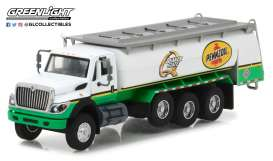 International  - WorkStar Tanker Truck 2017 white/green - 1:64 - GreenLight - gl45030C | Tom's Modelauto's