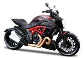Ducati  - black/red - 1:12 - Maisto - mai39196 | Tom's Modelauto's