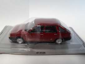 IZ  - 2126 dark red - 1:43 - Magazine Models - pcIZ2126 - magpcIZ2126 | Tom's Modelauto's