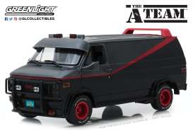 GMC  - Vandura *A Team* 1983 grey/black - 1:18 - GreenLight - 13521 - gl13521 | Tom's Modelauto's