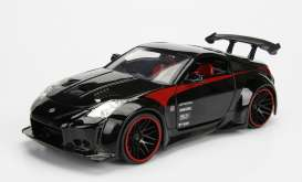 Jada Toys - Nissan  - jada99110bk : 2003 Nissan 350Z, black with black rims and red line