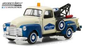 Chevrolet  - 3100 Tow Truck 1953 cream/blue - 1:43 - GreenLight - 87010C - gl87010C | Tom's Modelauto's