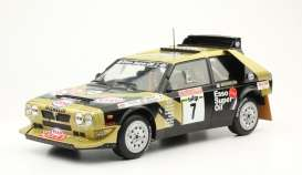 Lancia  - Delta S4 #7 1986 black/gold - 1:18 - Triple9 Collection - 1800215 - T9-1800215 | Tom's Modelauto's