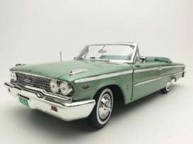 Ford  - Galaxie 500 open convertible 1963 silver moss - 1:18 - SunStar - 1455 - sun1455 | Toms Modelautos