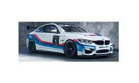 BMW  - M4 GT4 #1 2017 white/red/blue - 1:18 - Paragon - 97127 - para97127 | Tom's Modelauto's