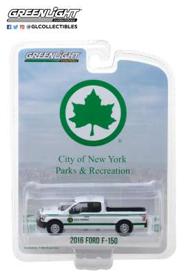 Ford  - F-150 pick-up 2016 white/green - 1:64 - GreenLight - 35100E - gl35100E | Tom's Modelauto's