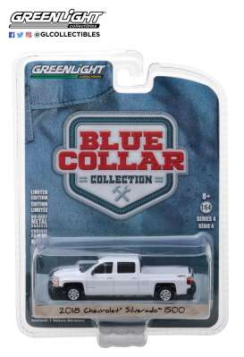 Chevrolet  - Silverado pick-up 2018 white - 1:64 - GreenLight - 35100F - gl35100F | Tom's Modelauto's