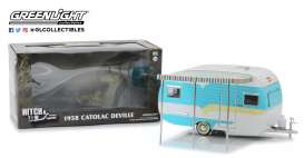 Catolac DeVille Travel Trailer  - white/blue - 1:24 - GreenLight - 18450A - gl18450A | Tom's Modelauto's