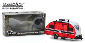 Winnebago  - Winnie Drop Trailer red/black - 1:24 - GreenLight - 18450B - gl18450B | Tom's Modelauto's