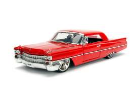 Cadillac  - Hard Top 1963 red - 1:24 - Jada Toys - jada99551 | Tom's Modelauto's